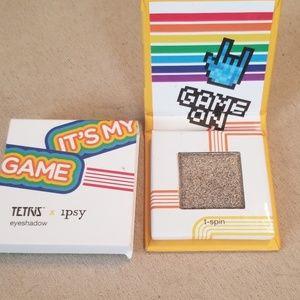 5/25 bundle Tetris eyeshadow in T-Spin
